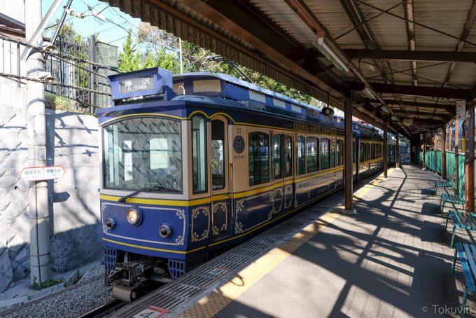 本日5本目の電車(X-T1 + XF16mm F1.4R)