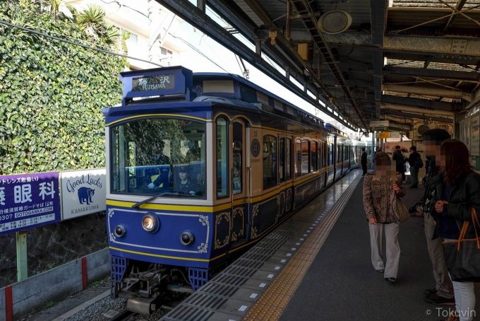 本日7本目の電車(X-T1 + XF16mm F1.4R)