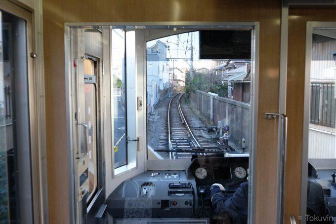 本日10本目の電車(X-T1 + XF16mm F1.4R)