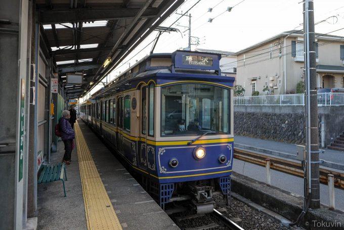 本日14本目の電車(X-T1 + XF16mm F1.4R)