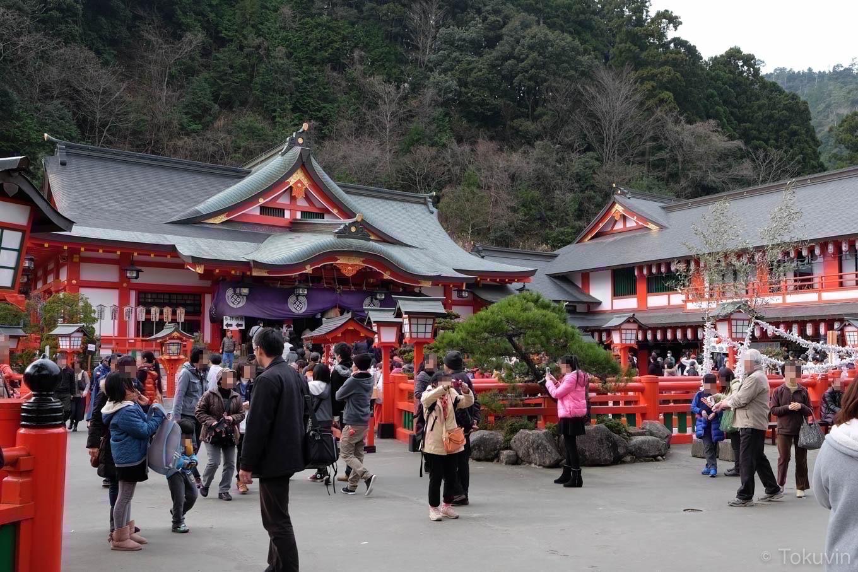 太皷谷稲成神社の拝殿。