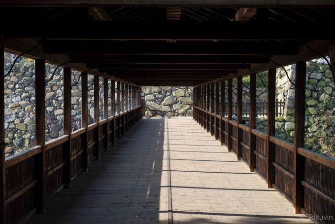 屋根のある鞘橋