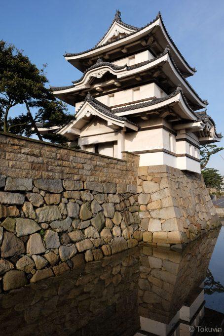 高松城の月見櫓 (FUJIFILM X-T1 + XF16mm F1.4R)