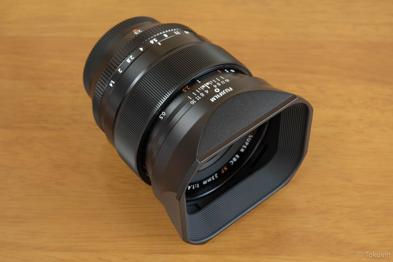 XF23mmにLH−XF23を装着。