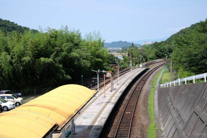 オレンジタウン駅ホーム