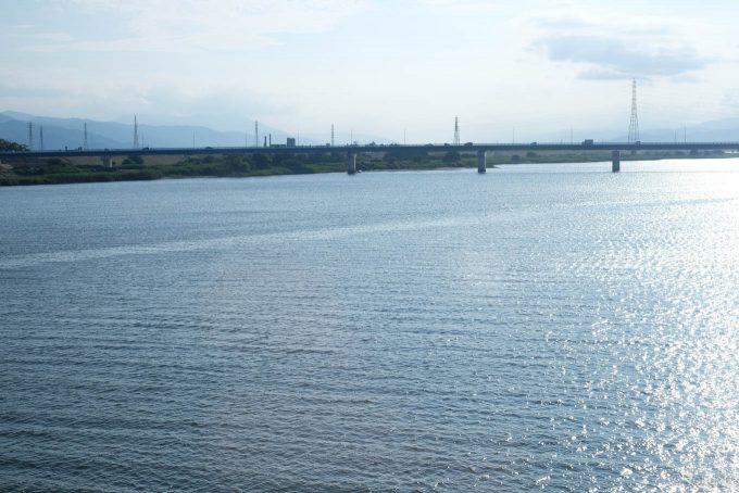 973D車内から望む吉野川