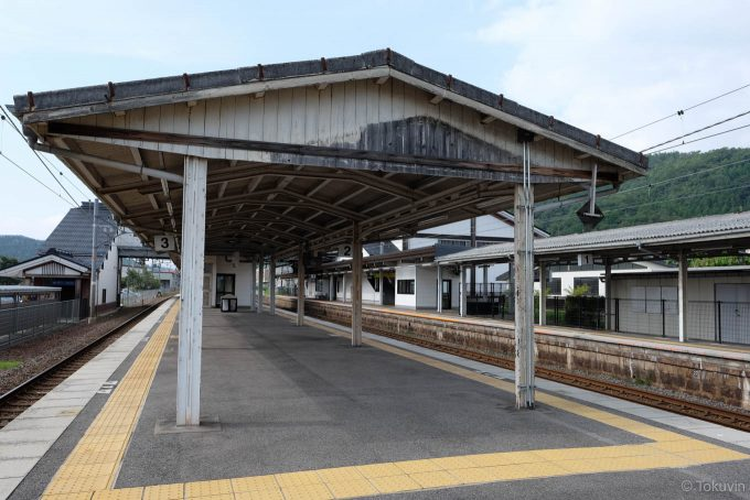 木ノ本駅のホーム上屋