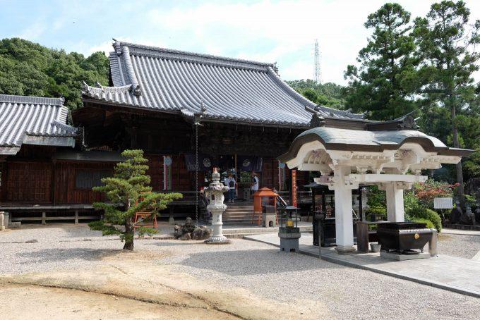 金泉寺の本堂