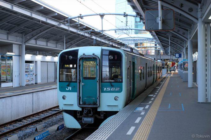 徳島行き 4305D