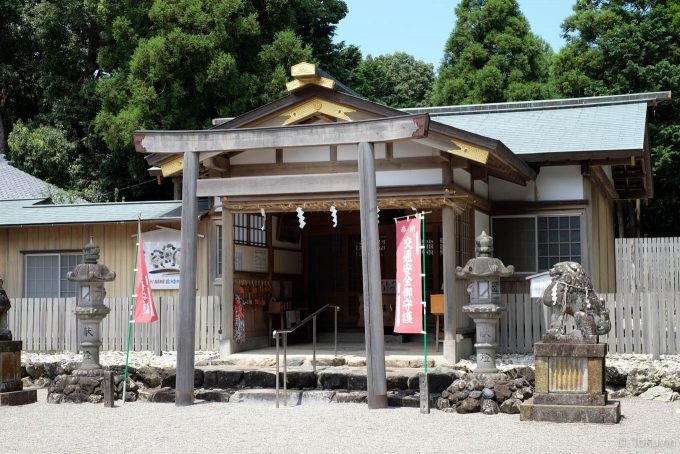 官舎神社の拝殿