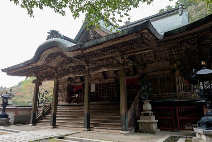 荘厳な箸蔵寺の御本殿