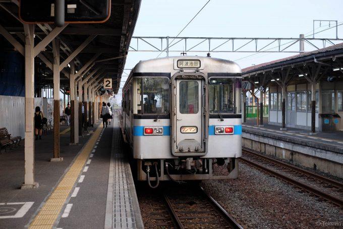 阿波池田行き 4223D