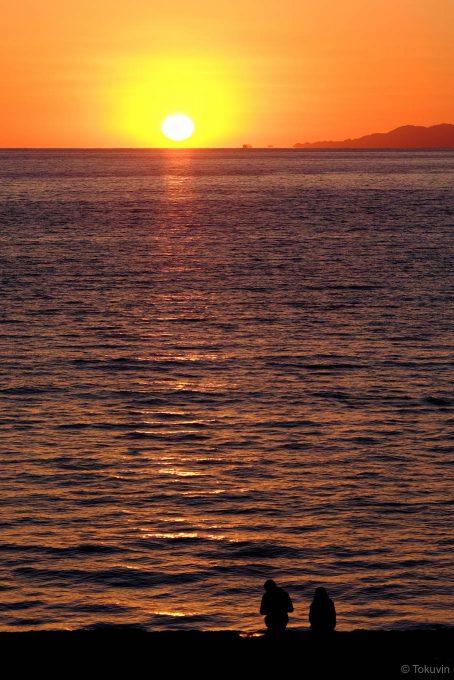 沈みはじめた太陽