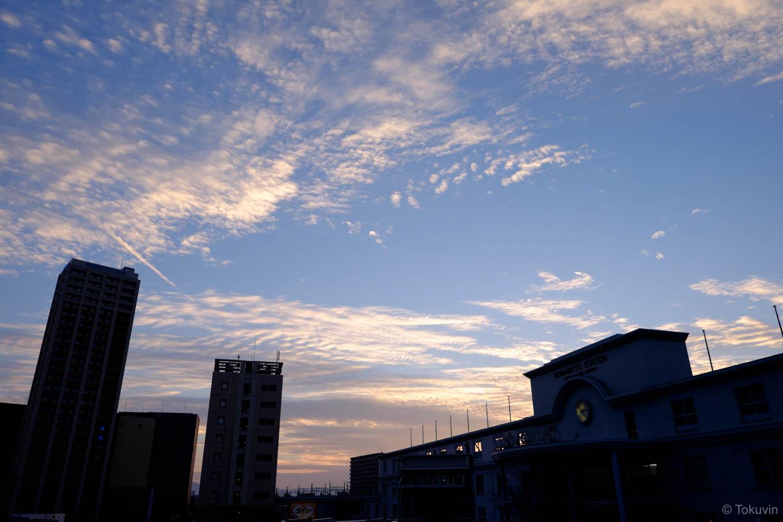 夕焼けの熊本駅。