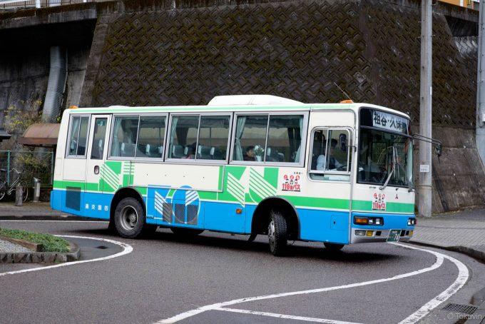 かずら橋へ向かうバス