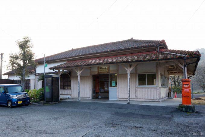 網田駅舎 (X-T1 + XF16mm F1.4R)