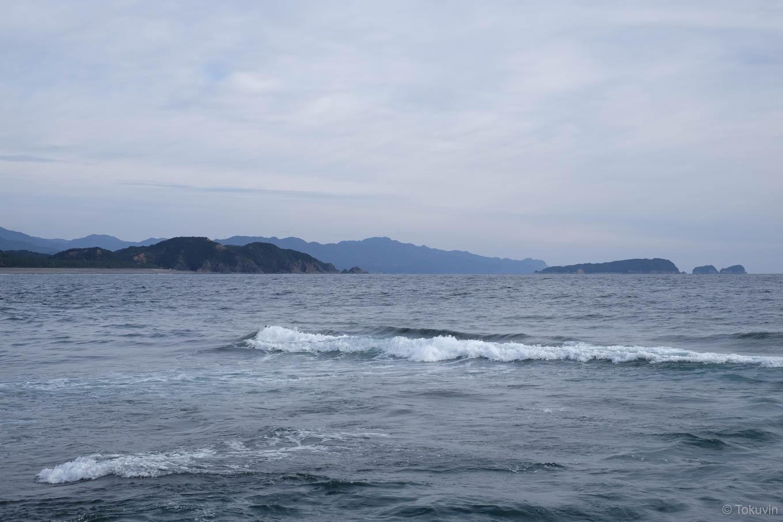 海浜公園の前に広がる海原。
