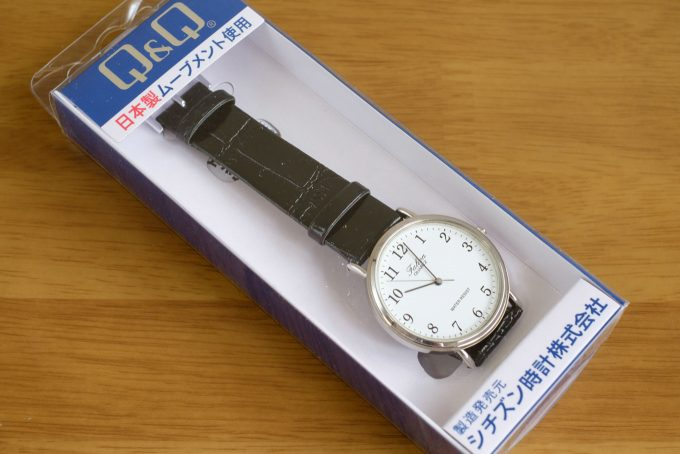 シチズン CITIZEN Q&Q V722-850