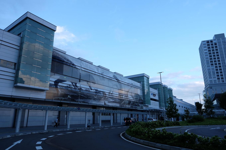 台風一過の福井駅。