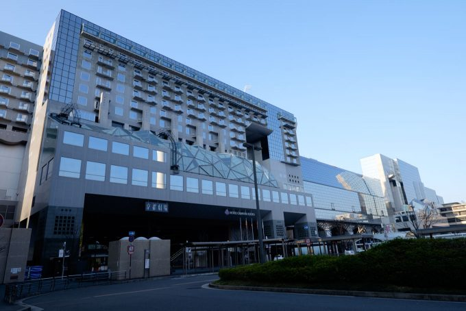 京都駅舎 (FUJIFILM X-T1 + XF10-24mm F4R)