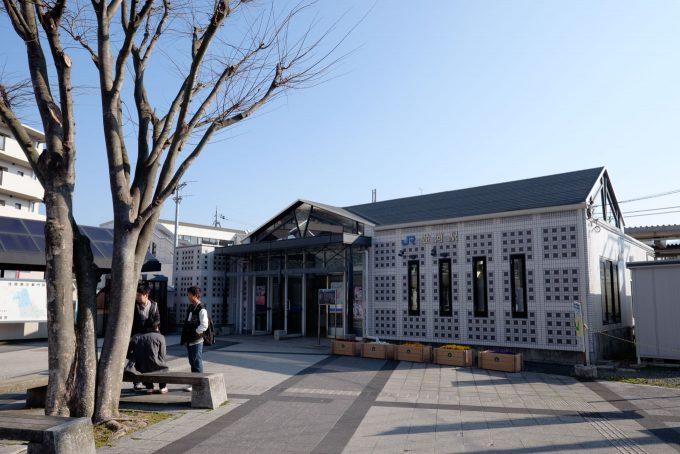 並河駅舎 (FUJIFILM X-T1 + XF10-24mm F4R)