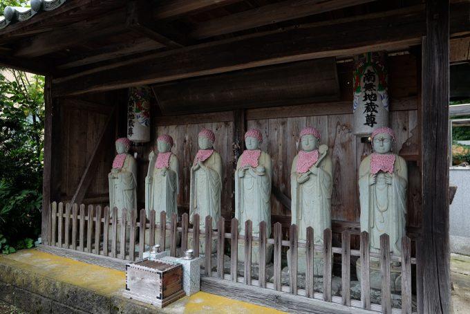 真福寺の六地蔵 (FUJIFILM X-T1 + XF16mm F1.4R)