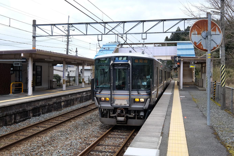 普通列車の福知山行き 1131M。