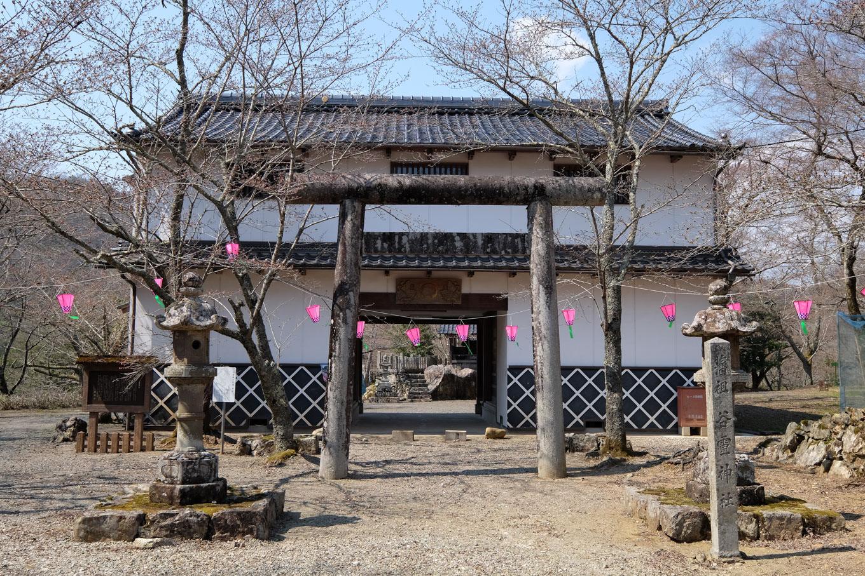 谷霊神社。