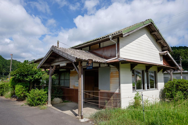 渋木駅舎。