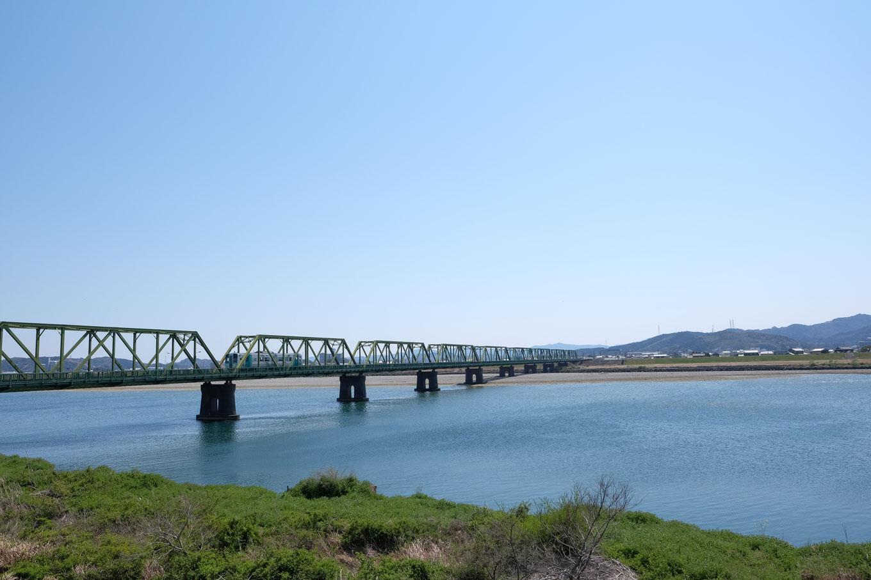 那賀川橋梁。