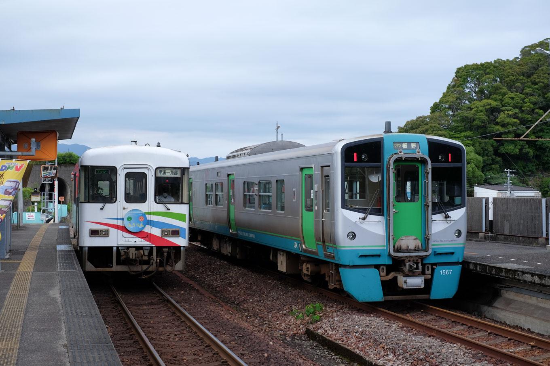 阿佐海岸鉄道の甲浦行き 5547D。