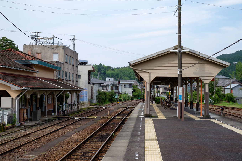 牟岐駅ホーム。