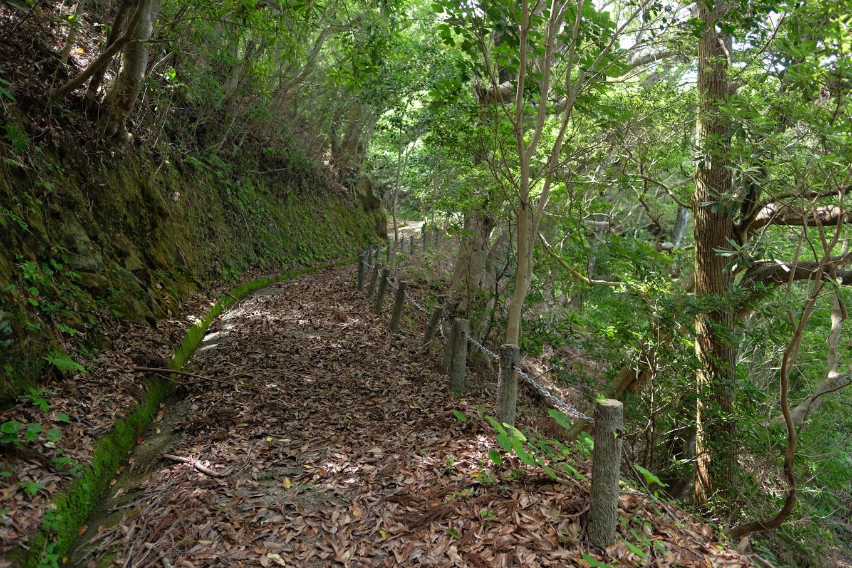 愛宕山遊歩道。