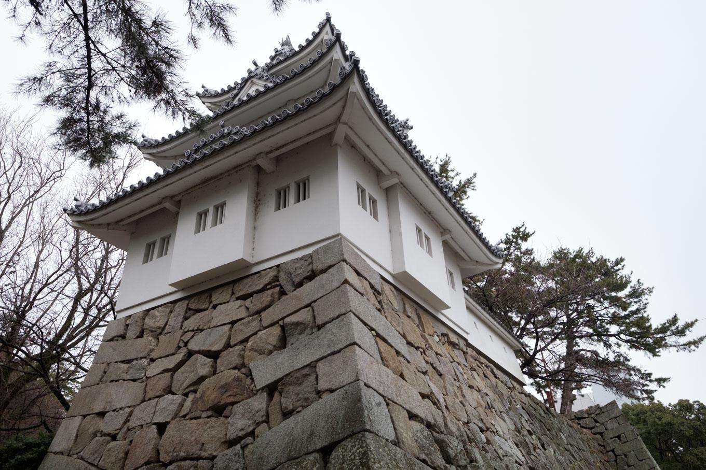 津城趾の三層櫓。